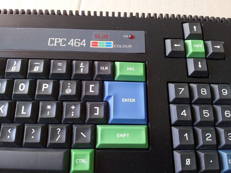Amstrad CPC 464 coté pavé numérique 2 sur 2