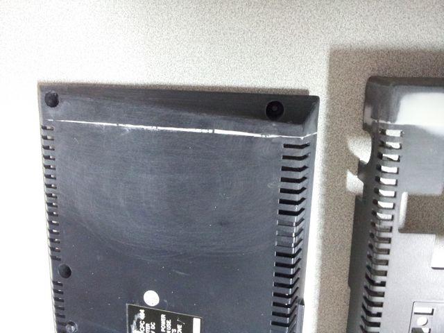 Amstrad CPC 464 découpé vu de dessous coté pavé numérique