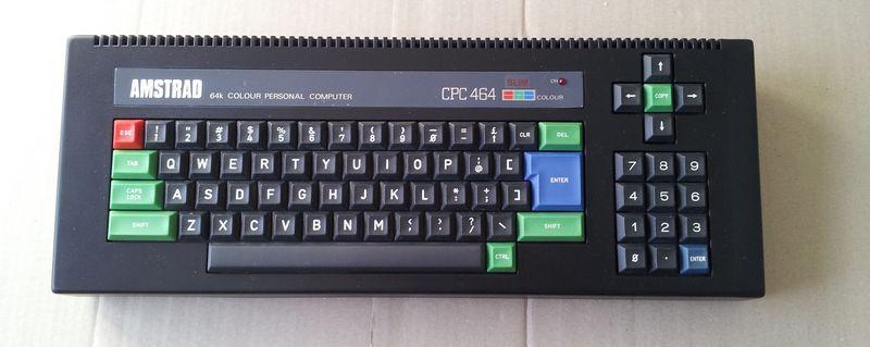 Amstrad CPC 464 slim presque fini sans l'électronique