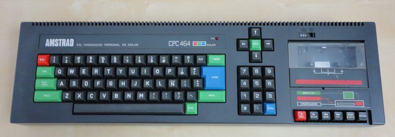 l'Amstrad CPC 464 avant l'opération avec son lecteur de cassette