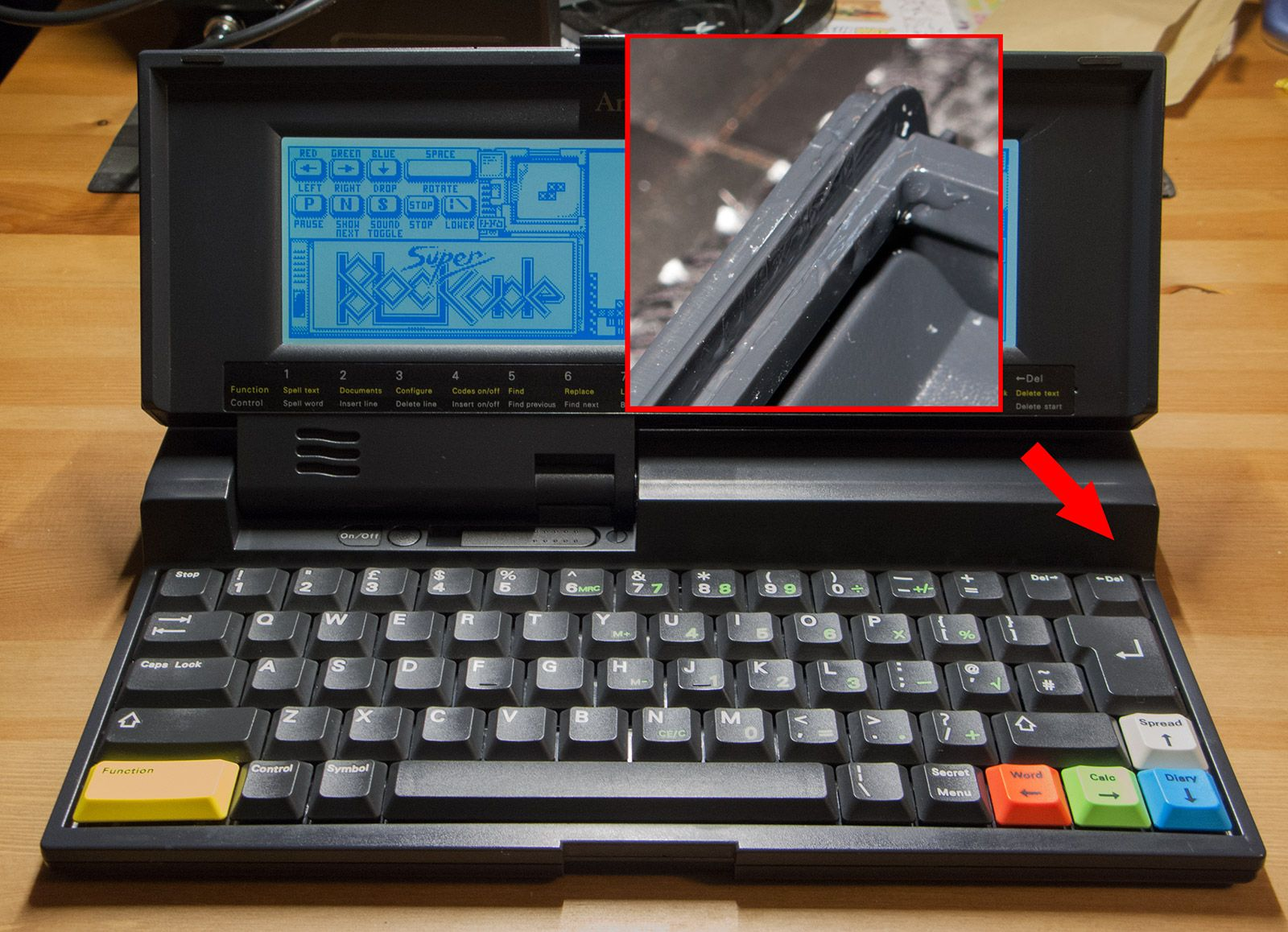 Restoring an Amstrad Notepad NC200 by CE with photos (and thanks to