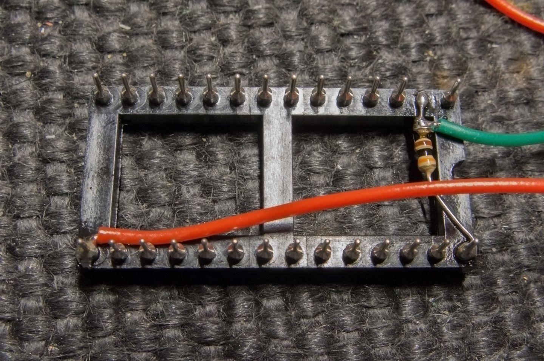 socket pour la ROM DUAL OS de l'Amstrad CPC 6128