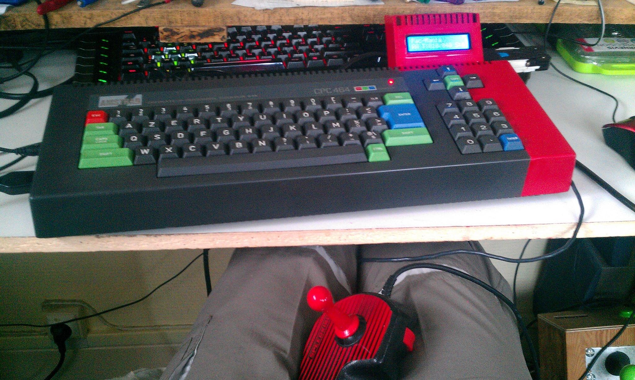 Amstrad CPC 464 sans lecteur de disquettes 1 sur 3 par Olivier Bruneau